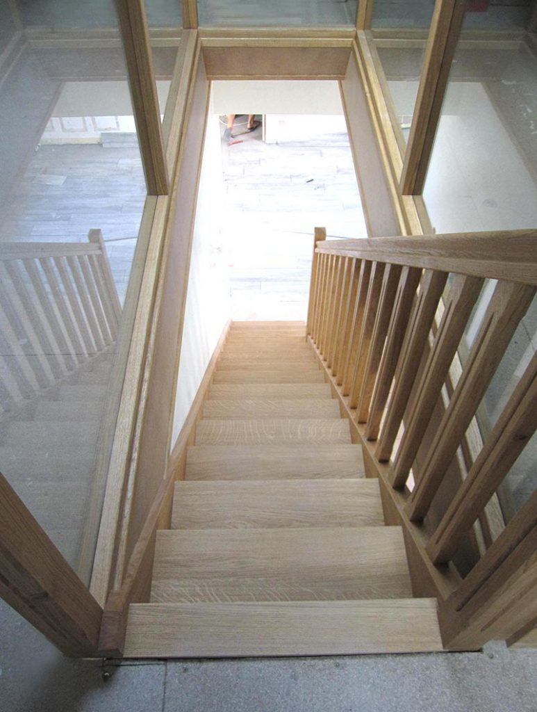 Escalier Val D Oise escalier en bois artisanal menuiserie moro et fils andilly