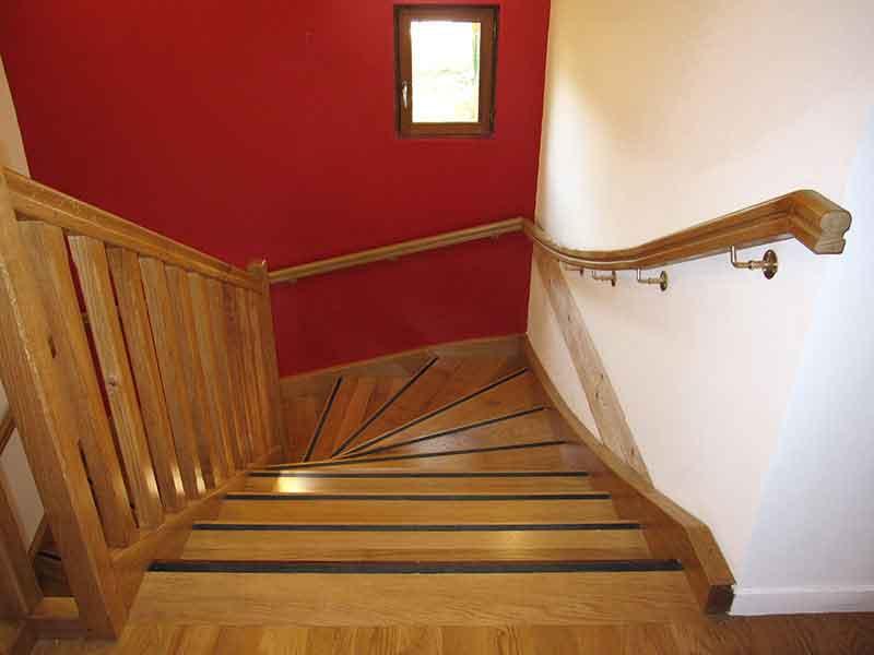 Menuisier fabricant d'escalier sur-mesure pour particuliers Andilly Val d'Oise 95